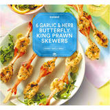 Iceland 6 Garlic & Herb Butterfly King Prawn Skewers 150g