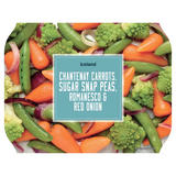 Iceland Chantenay Carrots, Sugar Snap Peas, Romanesco and Red Onion 400g
