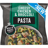 Iceland Cheesy Chicken and Broccoli Pasta 750g