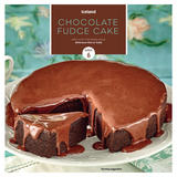 Iceland Chocolate Fudge Cake Serves 6 450g