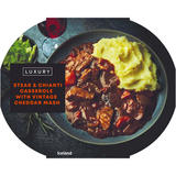 Iceland Luxury Steak & Chianti Casserole with Vintage Cheddar Mash 450g